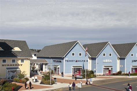 Jersey Shore Premium Outlets (New Jersey), near New York
